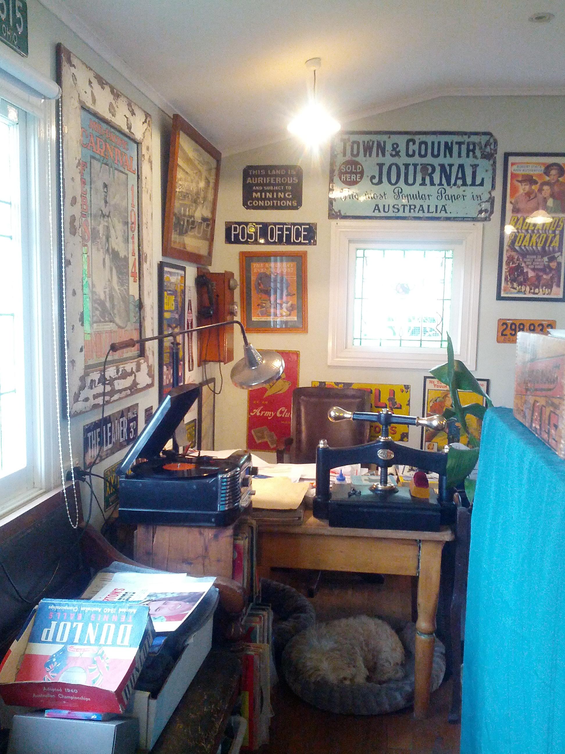 Kangaroo Valley book and record shop